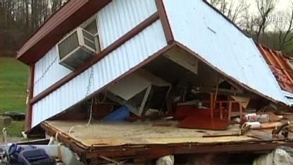 Natpkg.storms.tornadoes.cnn.416x234[1]